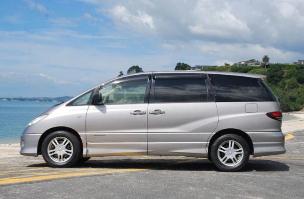 2020 Toyota Estima Exterior