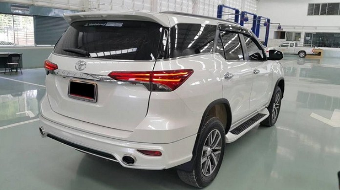 2021 Toyota Fortuner Review, Interior, And Price | Toyota ...