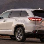 2019 Toyota Land Cruiser Exterior