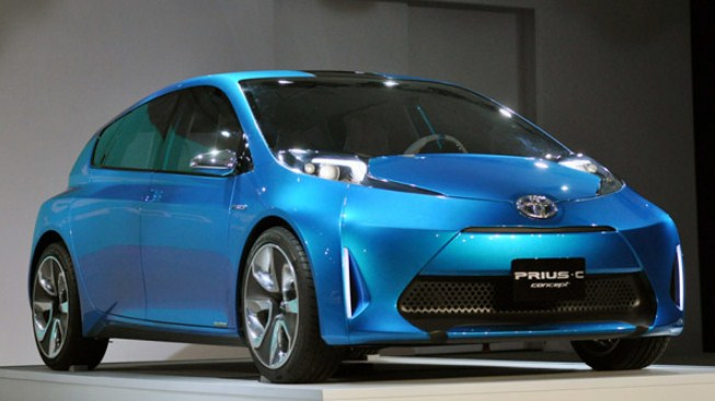 2021 Toyota Prius C Review, Specs And Price | Toyota ...