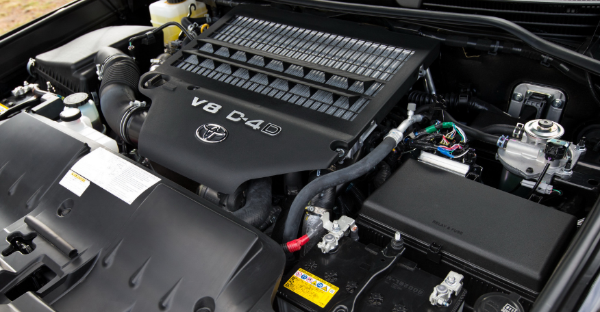 2019 Toyota Land Cruiser Engine