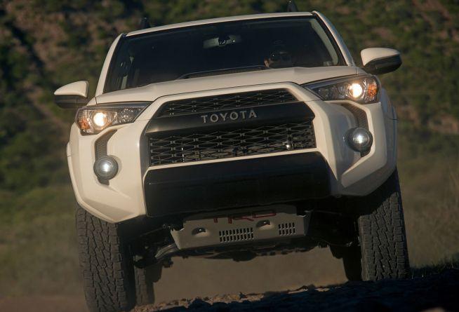 2020 Toyota 4Runner Front