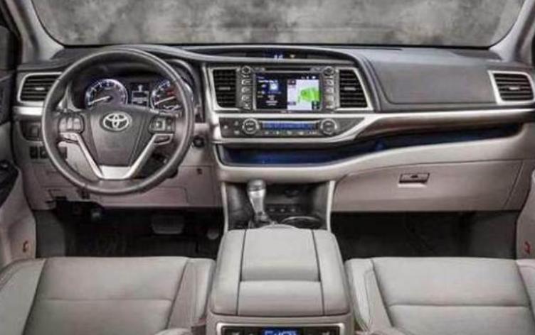 2019 Toyota Highlander Hybrid Interior