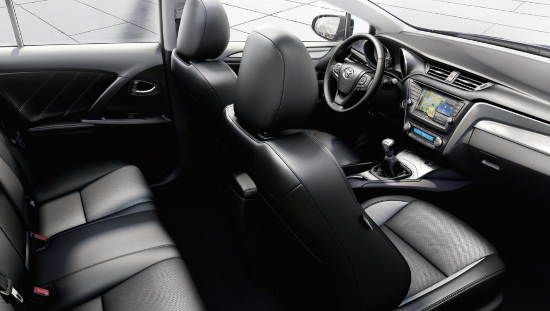 2022 Toyota Avensis Interior