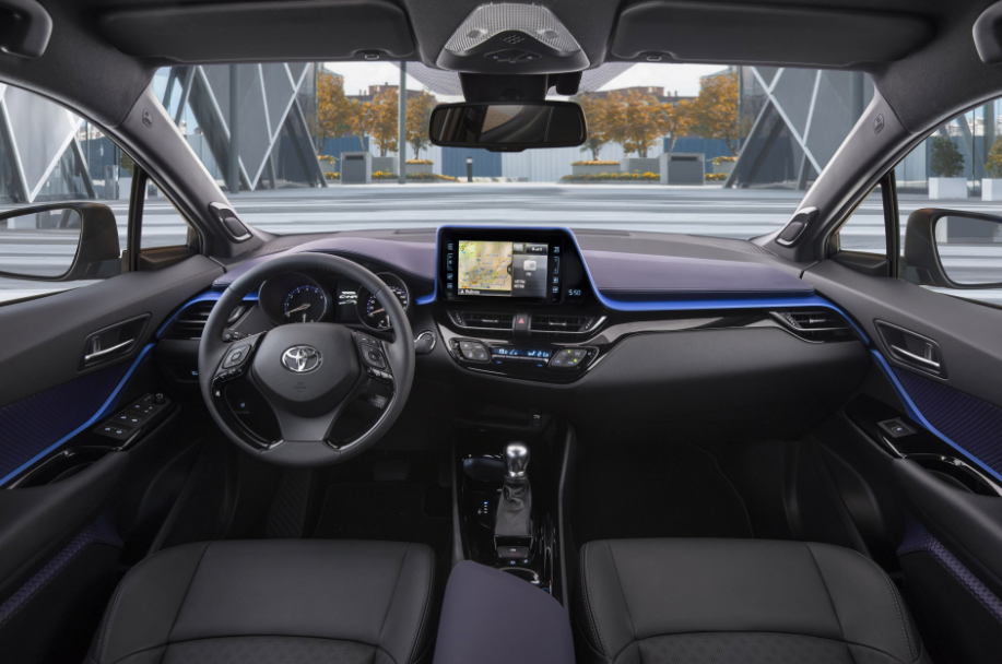 2022 Toyota C-HR Interior