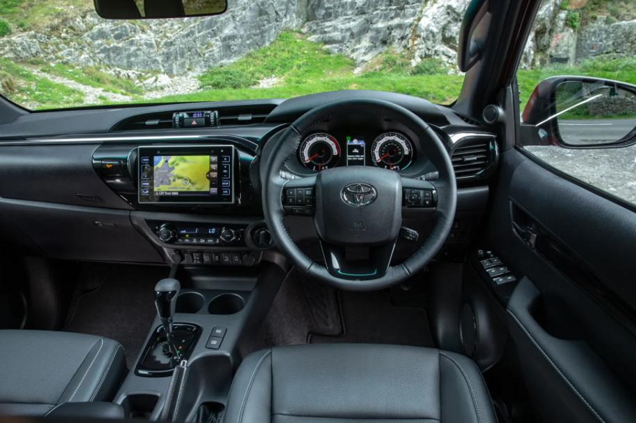 2022 Toyota Hilux Interior