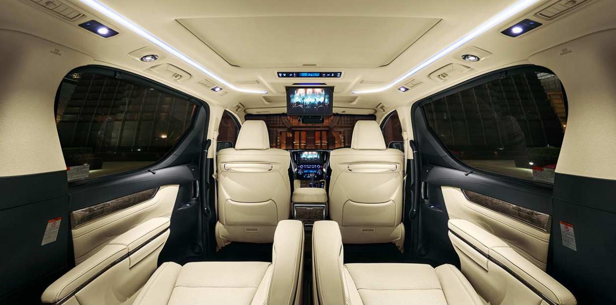 2022 Toyota Alphard Interior