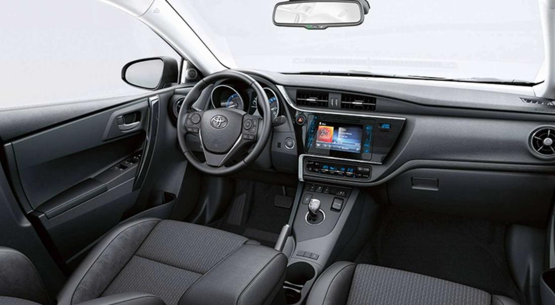 2022 Toyota Auris Interior